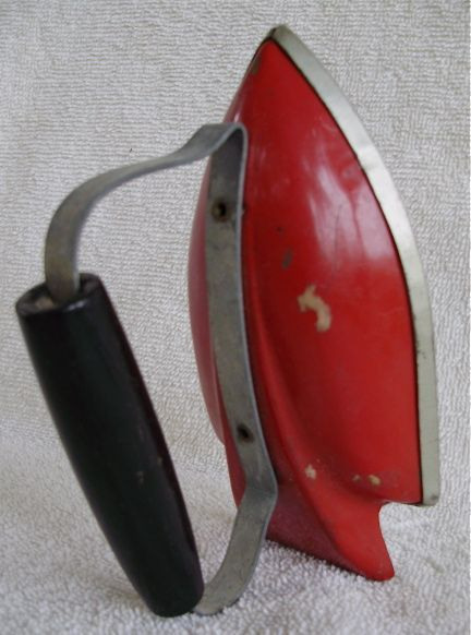 VTG SUNNY SUZY~WOLVERINE MFG CO~PRETEND PLAY RED IRON~ORIG PRICE~WOOD